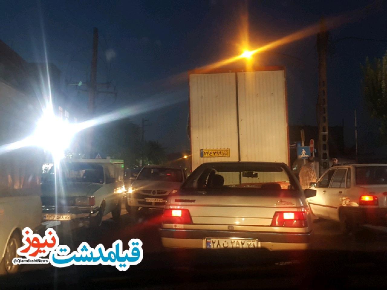 خیابان ولیعصر(عج) قیامدشت جوابگوی ترافیک شهر نیست!