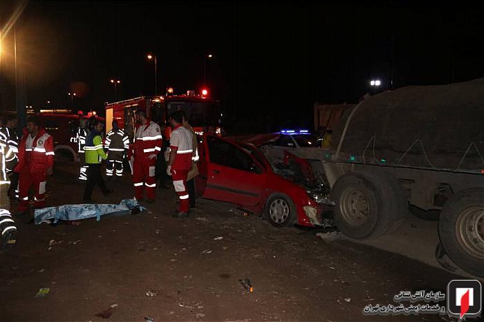 مرگ دلخراش زن جوانی در حادثه ی رانندگی