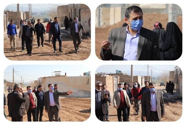 بازدید شهردار قیامدشت از عملیات عمرانی کوچه سیزدهم